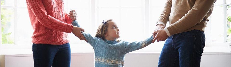ouders vechten om aandacht kind